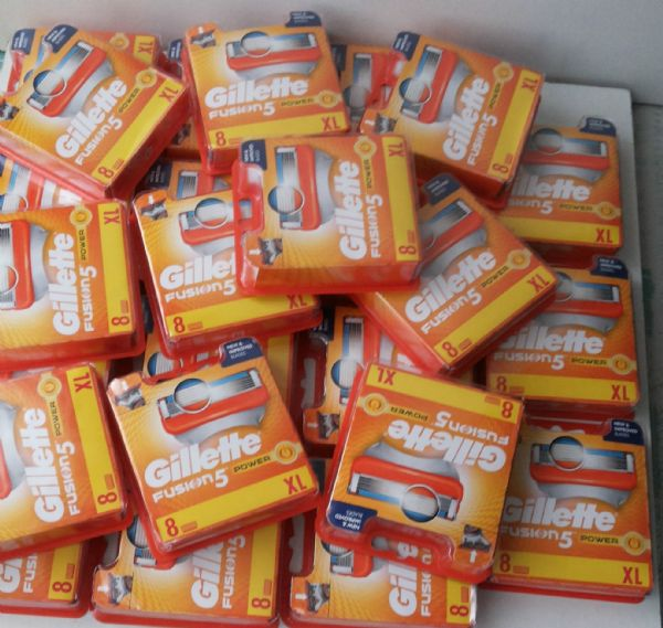 Joblot of 100x Gillette Fusion 5 Power Wholesale - 8 Blades